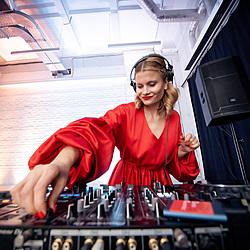 DJ-set для Amway Awards-2 Музичний журнал Дар'ї Коломієць