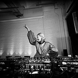 DJ-set для Amway Awards-11 Музичний журнал Дар'ї Коломієць